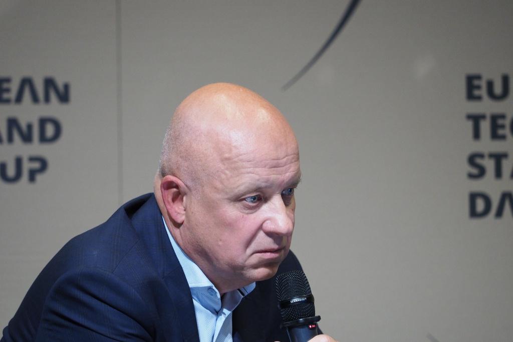 Marcin Bochenek, doradca strategiczny dyrektora NCBR, dyrektor Pionu Rozwoju Społeczeństwa Informacyjnego NASK w latach 2010-2019 - moderator debaty