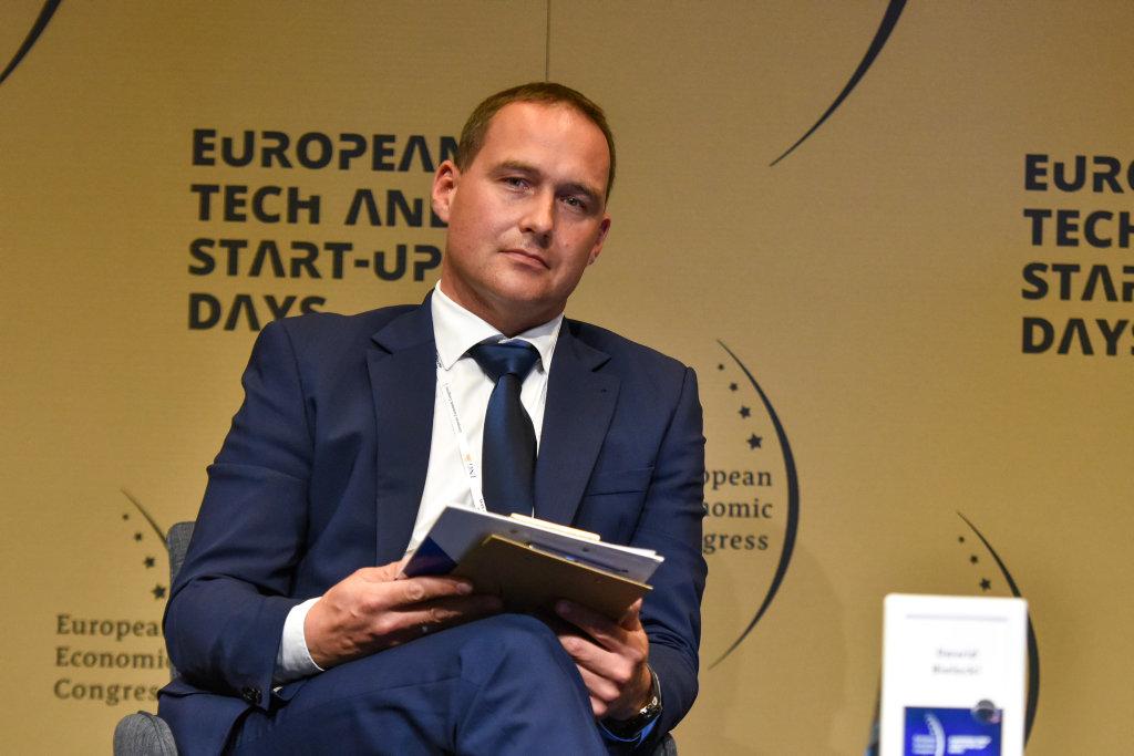 Dawid Bielecki, członek zarządu Flytronic SA z Grupy WB